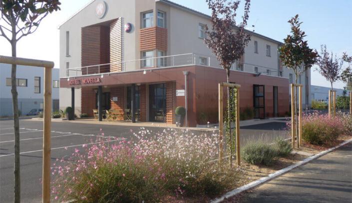 Aménagement d'espaces verts, parking, création de jardin pour les professionnels - Morisseau Paysagistes Nantes