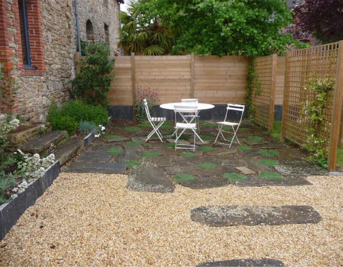 Aménagement de jardin, terrasse, pavage, dalles, graviers, création de jardin pour les particuliers - Morisseau Paysagistes Nantes