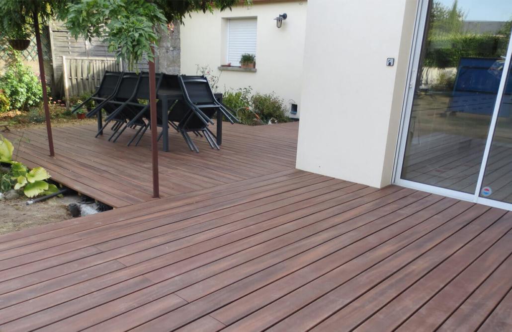 Aménagement de jardin, terrasse lamelles bois, création de jardin pour les particuliers - Morisseau Paysagistes Nantes